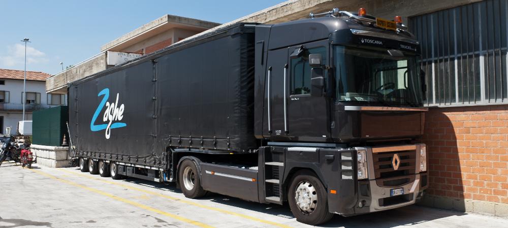 Trattore stradale Volvo + semirimorchio Meusburger